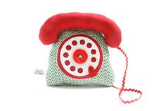Say hello with this plush telephone. #EtsyFrance