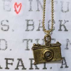 T-Shirt FRENCH THEME von Scotch Maison    #hipster #camera #kamera #photo #photography #filmen #anhänger #vintage #paradise #sylt #urlaub #französisch #french #france
