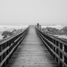 paseos y paseantes Sea Photography, Vintage Photography, Landscape Photography, Portrait Photography, Fashion Photography, Black White Photos, Black And White, Time To Leave, First World