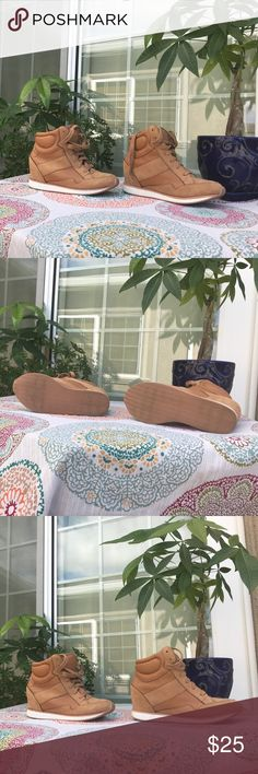 Super cute 2b shoes. Gently used great condition! Super cute tan 2 b high top shoes in great condition. Small heel perfect for pairing with jeans. 2B Bebe Shoes Sneakers