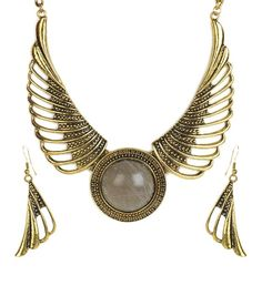 Cinderella Angel Wings Necklace Set, http://www.snapdeal.com/product/cinderella-angel-wings-necklace-set/1433921?pos=49;3898