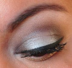 Icy blue and brown #eyeshadow #smoky #makeup :