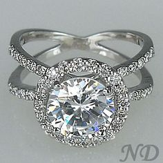 Engagement Rings :: 2.60 ct.Criss Cross Design Round Diamond Engagement Ring
