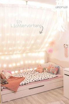 Kinderzimmer DIY Ideen   Traumfänger   Lichterkettenhimmel   Dachschräge  Bett   Www.delari.de