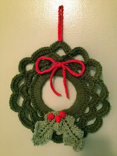 Easy crocheted wreath.