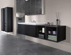 Cuarto de baño en tonos negros