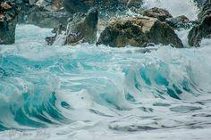 blue sea by Tavo