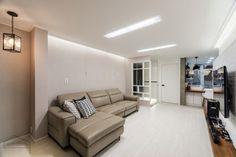 넓어보이는 25평 아파트 인테리어 예쁜집 : 네이버 블로그 Couch, Furniture, Home Decor, House, Settee, Decoration Home, Sofa, Room Decor, Home Furnishings