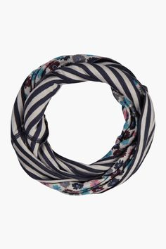 Issey Scarf | Super soft reversible snood scarf