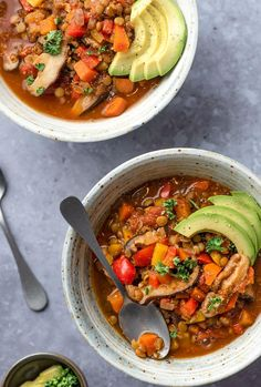 Rise Shine Cook - Easy Vegan Lentil Chili You Can Make Tonight (No Canned Beans) Healthy Dishes, Healthy Eating, Best Vegan Cheese, Gluten Free Soup, How To Cook Beans, Plant Based Eating, Dried Beans, Vegan Dinners, Cooking Recipes