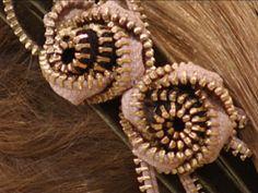 Flores de fechos | Ponto e Linha | Artesanato | Bemsimples.com ziper