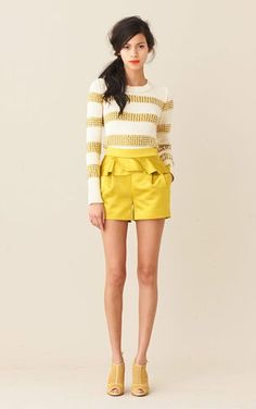 hello, yellow! (And legs for days.....)
