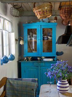 colorful kitchen (gviquez)
