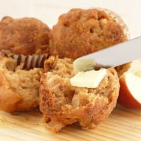 Diabetic-Friendly Apple Oatmeal Muffins