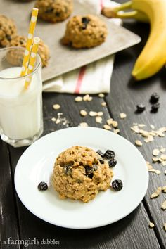Banana Peanut Butter Breakfast Cookies with Whole Wheat, Oats, and Dried Blueberries - afarmgirlsdabbles.com #breakfast #banana #peanutbutte...