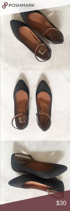 Dolce Vita flats with ancle strap Flats with ankle strap from Dolce Vita Pre-loved ♥️ Dolce Vita Shoes Flats & Loafers