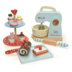 Amazing British wooden toys by Le Toy Van.