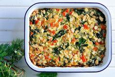 Γιαουρτένια χορτόπιτα με αμύγδαλα, χωρίς φύλλο - Συνταγές | γαστρονόμος