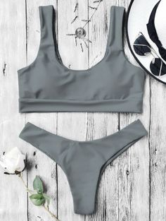 SHARE & Get it FREE | U Neck Bralette Thong Bikini Set - GrayFor Fashion Lovers only:80,000+ Items • New Arrivals Daily Join Zaful: Get YOUR $50 NOW!