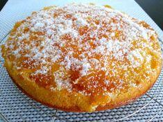 Gâteau moelleux à l'ananas et au coco