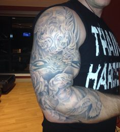 3/4 sleeve almost completed..