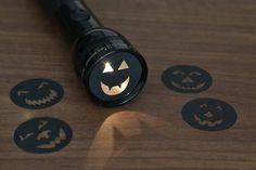 linterna para halloween con planchas negras