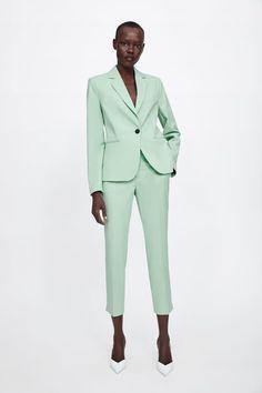 Suits You, Suits For Women, Pantalon Cigarette, Turtleneck T Shirt, Green Suit, Online Zara, Suede Coat, Zara Women, Trousers Women
