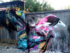 Frenetic Spray-painted Birds by 'L7m'  http://www.thisiscolossal.com/2014/09/frenetic-spray-painted-birds-by-l7m/