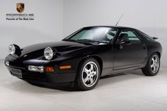 Porsche 928 OEM Service & Repair Manual with Electrical Diagrams. Porsche 928 Gts, Porsche Cars, Porsche Carrera, Car Repair Service, Auto Service, Porsche Replica, Electrical Diagram, Electrical Wiring, Gt Cars