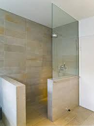 Ebenerdige-dusche-einbauen.jpg 600×798 Pixel ähnliche Tolle ... Glastrennscheibe Dusche Modern