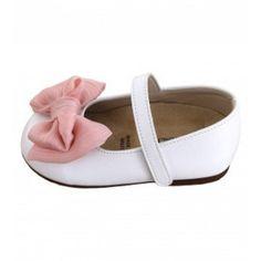 Παπούτσια βαπτιστικά από λευκό συνθετικό δέρμα με ροζ υφασμάτινο φιογκάκι, ανατομικά, BABYWALKER. Ελληνικής παραγωγής. Baby Shoes, Flats, Fashion, Loafers & Slip Ons, Moda, Fashion Styles, Baby Boy Shoes, Ballerinas, Fashion Illustrations