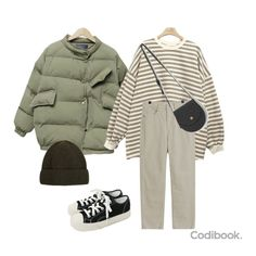 Coordinating short padding under won - Coordinating short padding under won You are in the right place about outfits Here we offer - Other Outfits, Outfits For Teens, Winter Outfits, Casual Outfits, Cute Outfits, Look Fashion, Fashion Outfits, Fashion Quiz, 90s Fashion