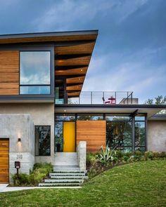 Moderna Casa en Texas descubriendo vistas del centro de Austin más allá de la Copas de los árboles