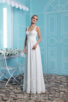 Understated yet elegant, this a-line chiffon dress is a perfect choice for Your client's special day. A delicate lace defines the waist, finished with a beautiful simplicity of a skirt. #невеста #свадебноеплатьеопт #свадьба #вечерниеплатья #fashionbride #wedding #weddingday #weddingfun #weddinggown #weddingdress #weddingdesigner #weddingtime #inspiration #weddinginspiration #fashion #bride #loveourclients #celebtation #new_collection #summer #Sanssouci