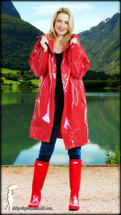 Rain Fashion, Vinyl Raincoat, Classic Wardrobe, Rain Wear, Rain Jacket, Windbreaker, Beautiful Women, Leather Jacket, Boots