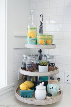 Come on in for our beachy, coastal, and bright summer foyer and summer kitchen tour as part of the seasonal simplicity home tour series.