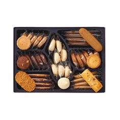IMPERIAL HOTEL Cookie Assortment - 36pcs. Made with high quality ingredients. Includes: Coconuts, cafe and hazelnut (4pcs each), macaron 7pcs, chocolate, common fig (6pcs each) and strawberry 5pcs. Perfect as gifts as well as for afternoon tea at home or work. Free gift wrap.  Imperial Hotel is one of the most exclusive hotels in Japan, operating since 1890.  IMPORTANT: To purchase this product, please select EMS Express shipping option due to the short period for the best consumption before…