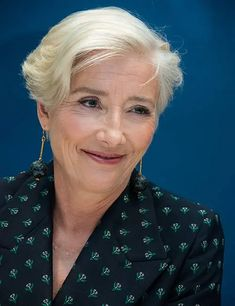 80 Short Hairstyles For Women Over 50 To Look Elegant Short Natural Curly Hair, Short Thin Hair, Short Hair Styles Easy, Short Hair With Layers, Short Hair Cuts For Women, Short Hairstyles For Women, Medium Hair Styles, Cool Hairstyles, Modern Hairstyles