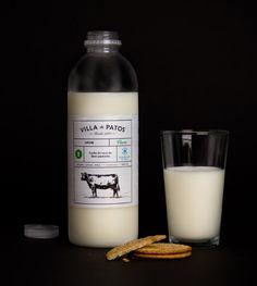 Villa de Patos milk packaging
