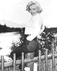 It's Marilyn!