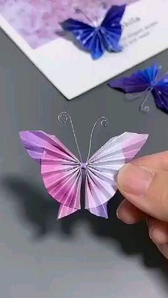 Cool Paper Crafts, Diy Crafts To Do, Paper Crafts Origami, Diy Crafts Hacks, Creative Crafts, Instruções Origami, Blue Crafts, Quilling Designs, Flower Crafts