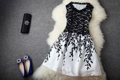 1 1/2. Fashion Dresses for $32.99 with Free Shipping.  (Vestidos de Moda $32.99 con el Envio Gratis.) http://www.sweetdreamdresses.com/collections/fashion-dresses-e-vestidos-de-moda