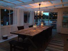 Inglasat uterum Gazebo, Pergola, Porch And Balcony, Outdoor Tables, Outdoor Decor, Beach Cottage Style, Home Decor Inspiration, Future House, Sweet Home