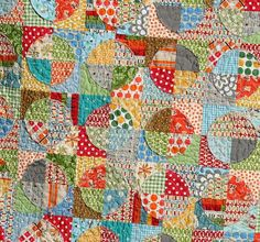 Rag Edge Circle Quilt with tutorial.
