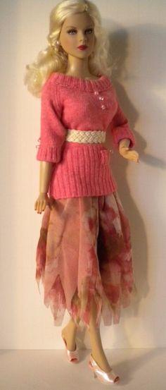 "Salmon Pink Sweater & Mesh Gypsy Skirt w/belts for 16"" fashion dolls -- Samihart"