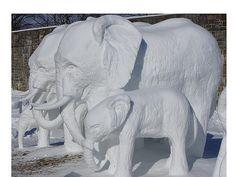 Snow Sculptures That Will Take Your Breath Away! Snow Sculptures, Sculpture Art, Wassily Kandinsky, Frozen Art, Ice Art, Snow Art, Elephant Love, Winter Fun, Winter Wonderland