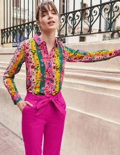 The Silk Shirt Orange Women Boden - Female - Orange - Size 22 Style Masculin, Boden Uk, Tapered Trousers, Pleated Midi Skirt, British Style, Workout Shirts, Shirt Blouses, Paisley, Feminine