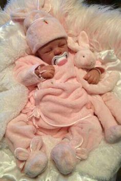 reborn baby dolls for sale Reborn Babies For Sale, Baby Dolls For Sale, Life Like Baby Dolls, Real Baby Dolls, Realistic Baby Dolls, Cute Baby Dolls, Reborn Dolls For Sale, Bb Reborn, Reborn Baby Boy Dolls