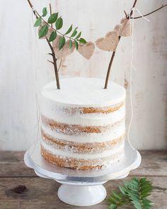 Rustic cake topper wedding cakes cakes elegant cakes rustic cakes simple cakes unique cakes with flowers Bolo Neked Cake, Nake Cake, Rustic Cake Toppers, Diy Cake Topper, Diy Wedding Cake Topper, Wilton Cake Decorating, Salty Cake, Cake Trends, Buttercream Cake