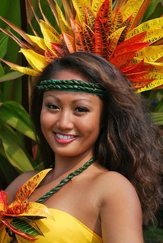 #Tahiti #around the world #ethnic #beauty #women #Faces #folk #traditional
